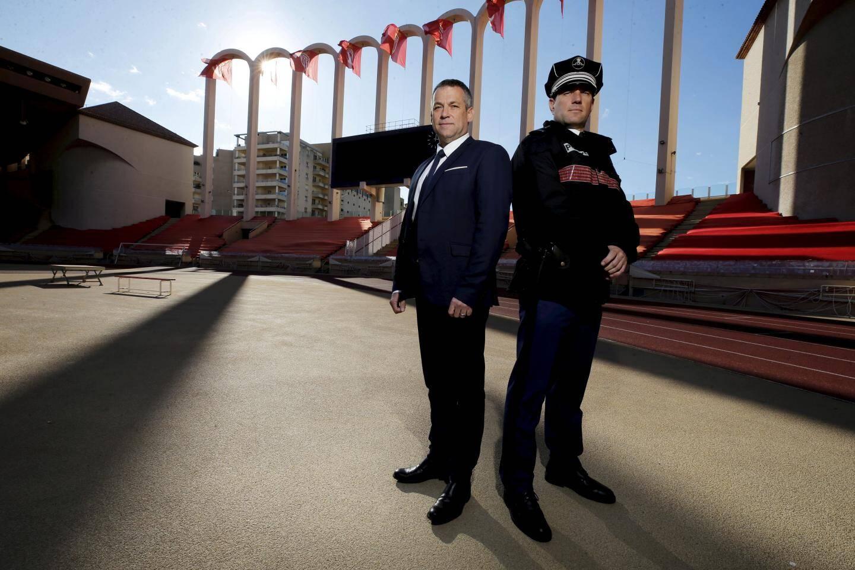 Le commandant Fabien Vachetta et le Major Jérôme Madonna au stade Louis-II.