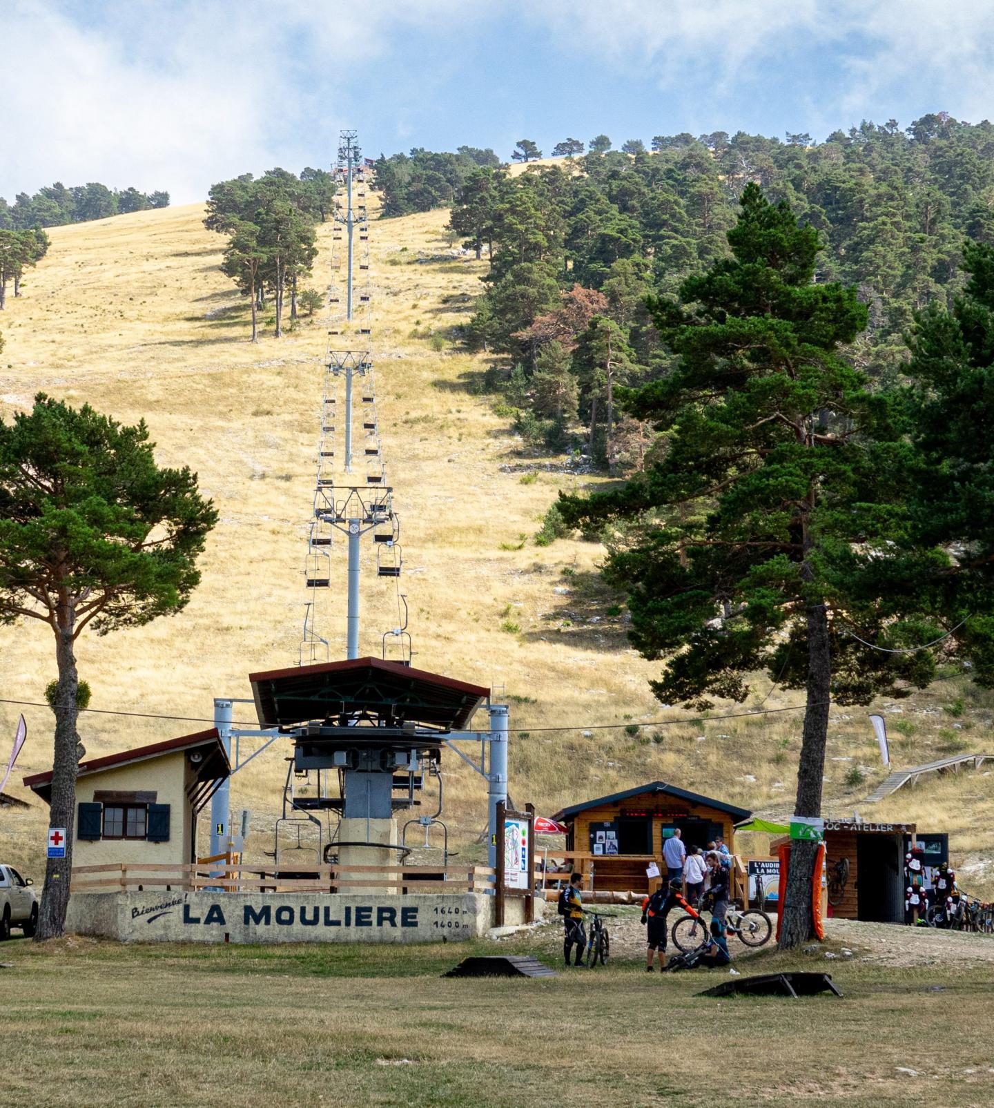 Le télésiège de la station SMGA fonctionne quasiment toute l'année.