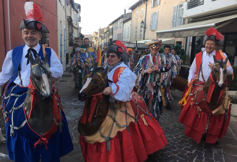 Le carnaval eprend les traditions anciennes et moyenâgeuses de la région.