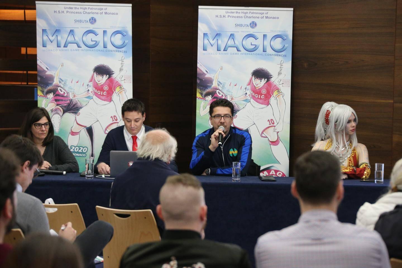 Sur l'affiche de cette année, les personnages légendaires ont été spécialement adaptés pour Magic Monaco avec les maillots de l'ASM et de l'OGC Nice.