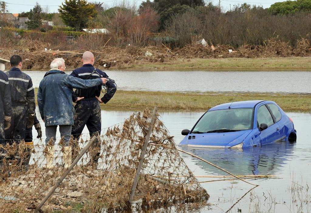 Le village de Charron, en Charente-Maritime, est inondé après le passage de la tempête Xynthia le 3 mars 2010