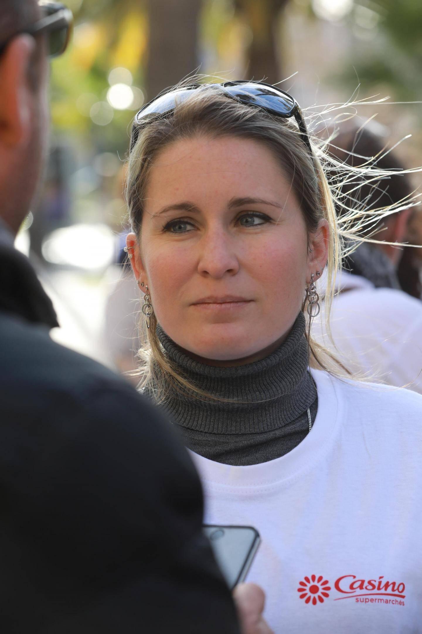"""Avec Céline Arnaud, de """"Nous toutes 83""""."""