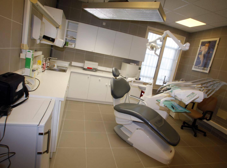La salle de soins dentaires.