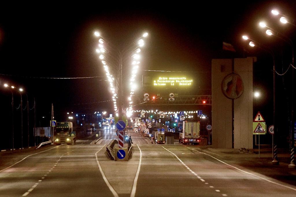 Des rues vides près de la frontière avec le Bélarusse, à 470 km à l'ouest de Moscou, alors que le pays a fermé ses frontières, le 30 mars 2020