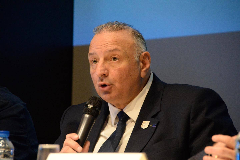 Le président de la Ligue Méditerranée de football espère encore que les championnats amateurs se terminent fin juin ou début juillet. Si ce n'est pas possible, les instances fédérales, qui refusent de faire une saison blanche, prendront la décision « la moins injuste » pour les clubs.