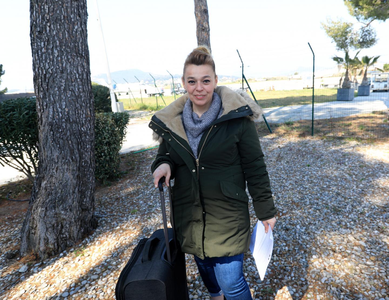 La Toulonnaise Noëlle Guidoni quelques minutes avant d'embarquer pour Mulhouse à bord d'un avion mis à disposition par le constructeur Daher.