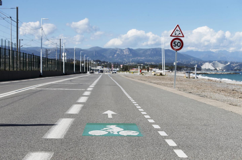 Une double voie cyclable côté Méditerranée et aucune place pour y garer son véhicule : il s'agit d'un aménagement à titre d'expérimentation.