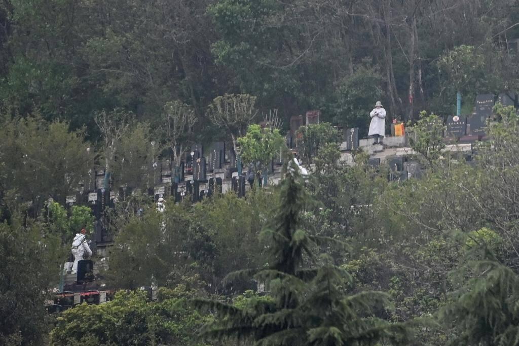 Le cimetière de Biandanshan à Wuhan, point de départ de la pandémie de Covid-19, le 31 mars 2020