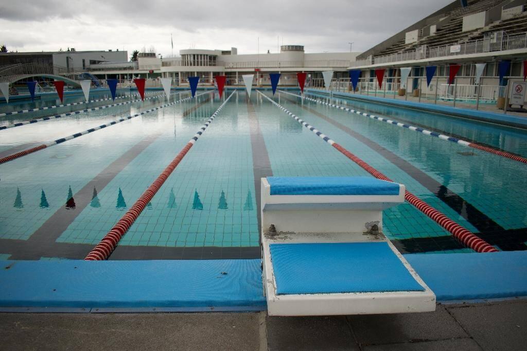La piscine olympique Laugardalslaug fermée en raison de l'épidémie de coronavirus, le 27 avril 2020 à Reykjavik, en Islande