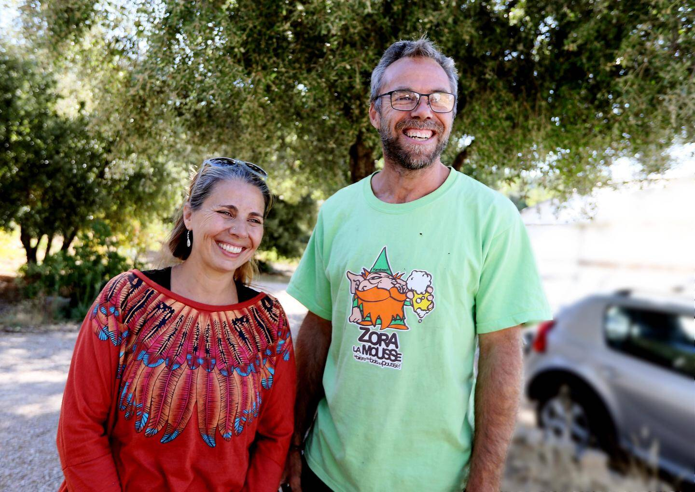 Candice et Jérôme Comet sont à la tête de la pépinière Les Bancaous à Cabasse, dans le Var.