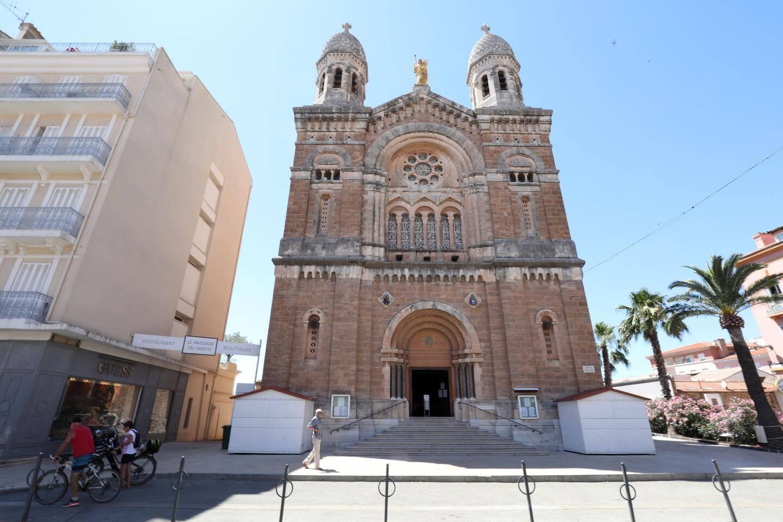 La basilique Notre-Dame-de-la-Victoire (St-Raphaël).