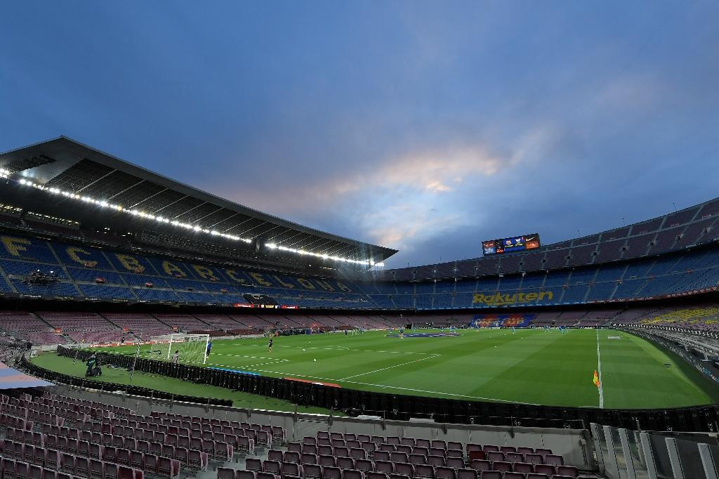 Vue du Camp Nou à Barcelone avant la rencontre de Liga à huis clos entre le Barça et Leganes, le 16 juin 2020