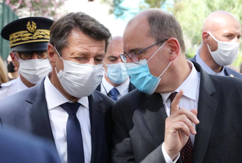 Le premier ministre Jean Castex et le maire de Nice Christian Estrosi en déplacement dans le quartier des Moulins à Nice le 25 juillet 2020.