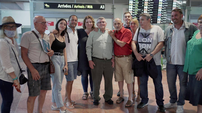Michael Sovyn a rencontré à l'aéroport de Nice sa famille française qu'il a cherché une grande partie de sa vie.