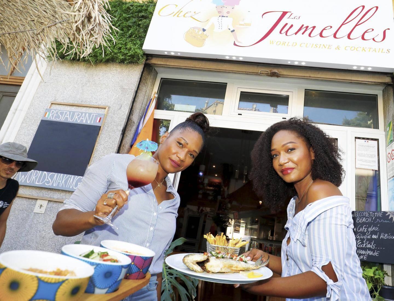 Roselyne et Annick. Deux sœurs nées en Côte d'Ivoire qui ont ouvert leur restaurant du monde boulevard de la République il y a un an.