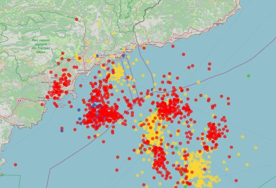 Les impacts de foudre enregistrés entre 1h et 7h.