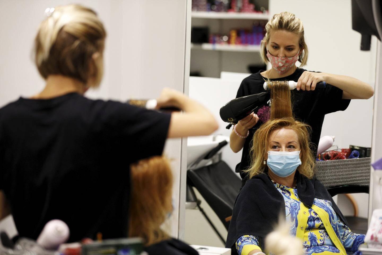 """Frédérique Marsan, gérante du salon de coiffure """"Brown Bar Monaco-Moscou"""""""