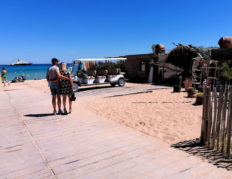 La plage festive Verde, à l'épi (Pampelonne) a été fermée jeudi, pour cause de non-respect des mesures sanitaires.