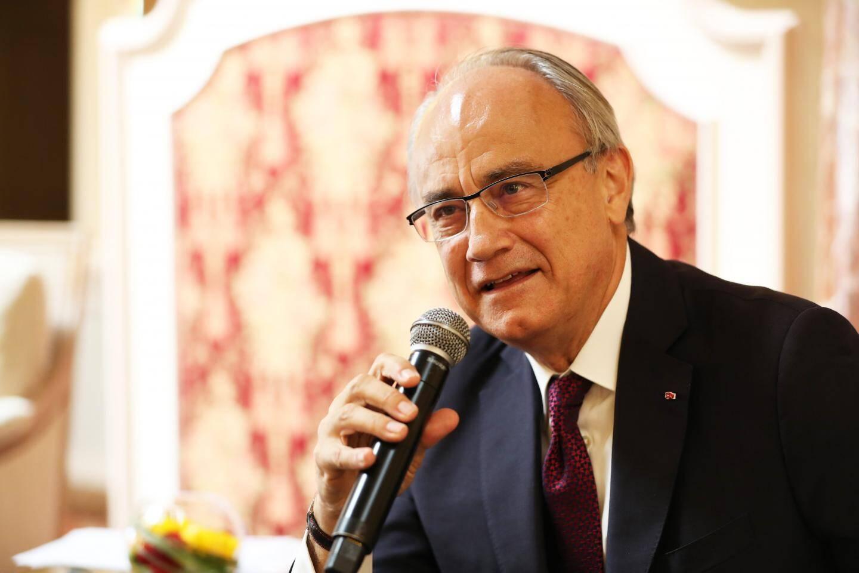 Jean-Luc Biamonti, vendredi midi, en conférence de presse, dans la salle Belle Époque de l'Hôtel Hermitage.