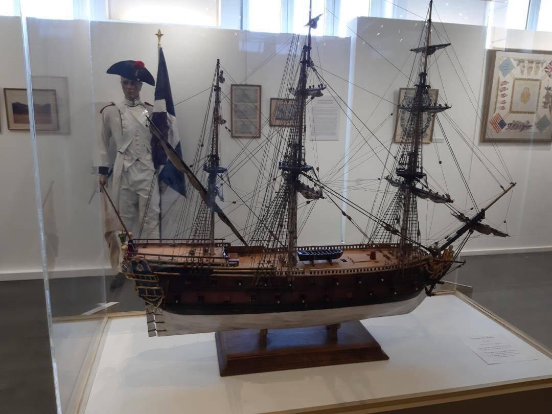 Lancée le 22 septembre, l'exposition consacrée à l'Amiral s'est poursuivie jusqu'à hier au Palais des Congrès. D'autres objets et anecdotes liées à sa vie et son œuvre ont été révélés lors de la visite du musée de la Marine.