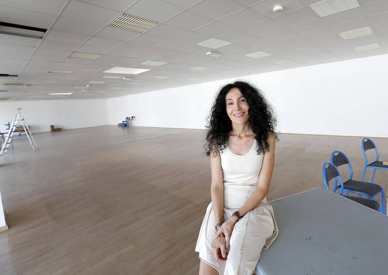 Dominique Tardy, présidente de la Coop-sur-Mer, a récupéré les clés du local le 5 août dernier. Dans les 1000 m² du 270 de l'avenue Général-Pruneau, l'association touche à son but avec le supermarché coopératif qu'elle ouvrira en décembre.