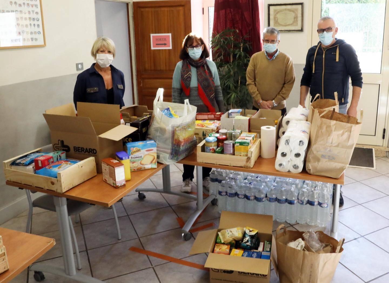 La collecte des habitants de La Celle pour les sinistrés de la tempête Alex.
