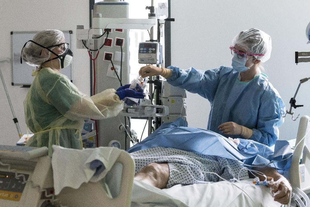 Malade du Covid en soins intensifs le 26 mars 2020 à l'hôpital Louis Pasteur à Colmar le 26 mars 2020