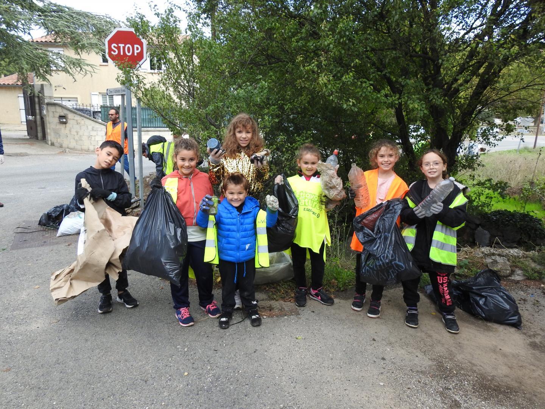 les enfants ont été fiers de l'action et soucieux d'adopter des gestes essentiels au quotidien.