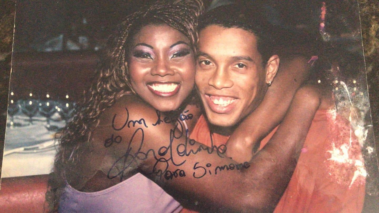 Simone avec Ronaldinho
