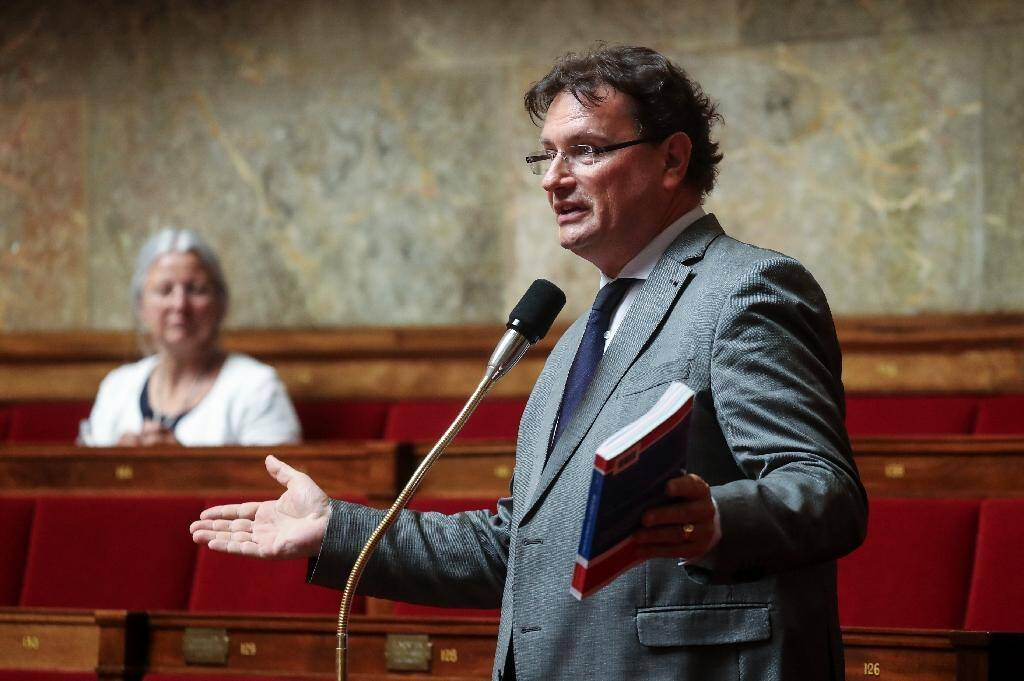 Le député LR Philippe Gosselin à l'Assemblée nationale le 7 mai 2020