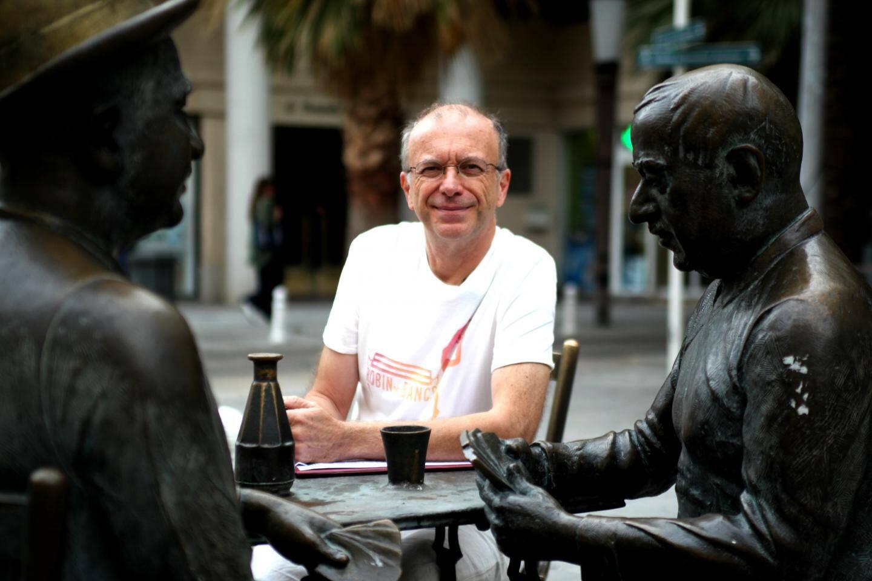 """Philippe Leroy a fondé l'association """"Robin des bancs"""": """"priver la ville de bancs c'est l'assécher."""""""