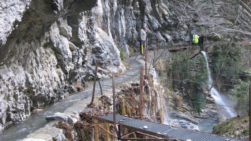 Le canal d'irrigation de Marie, vieux de plus d'un siècle, a été en bonne partie détruit.