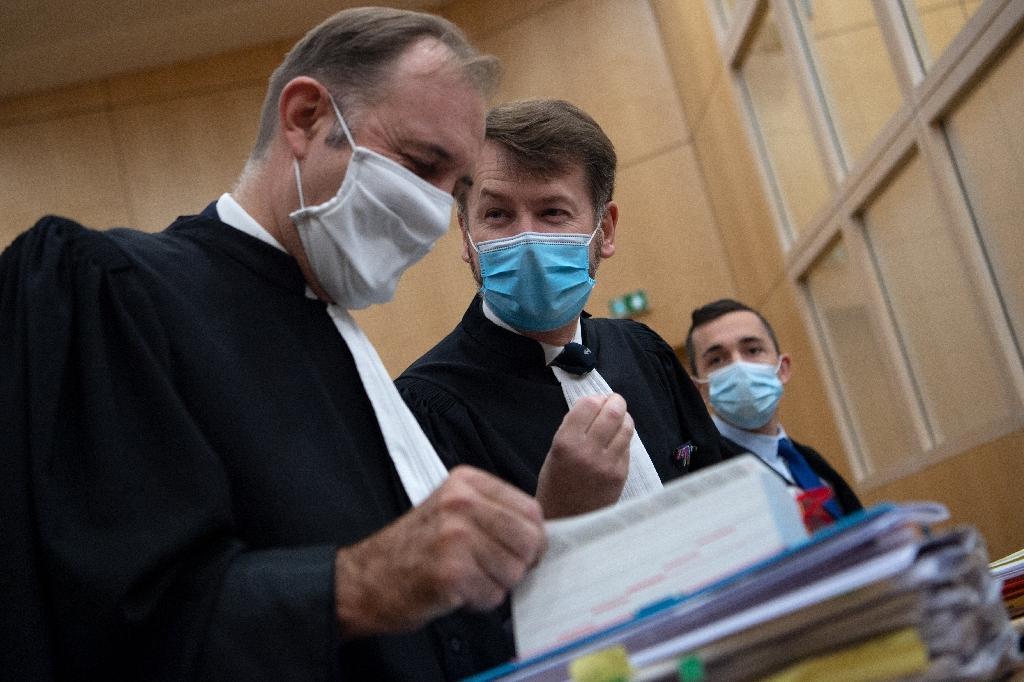 Les avocats de la défense à l'ouverture du procès de sept militaires pour homicide involontaire après la mort par noyade du sous-lieutenant Jallah Hami en 2012, le 23 septembre 2020 au tribunal de Rennes
