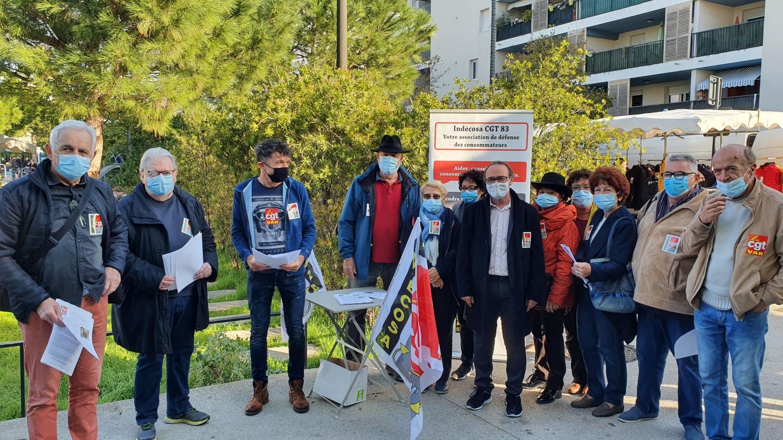Les membres d'Indecosa-CGT 83 se sont rassemblés ce matin sur la place du marché de Berthe pour dénoncer ces actes violents.