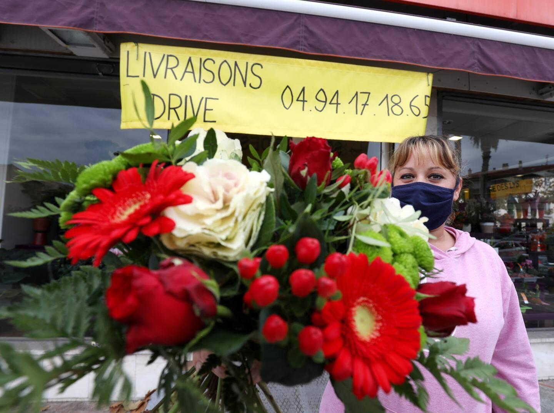 Olivia Renault, responsable d'As de Fleurs, à Fréjus,