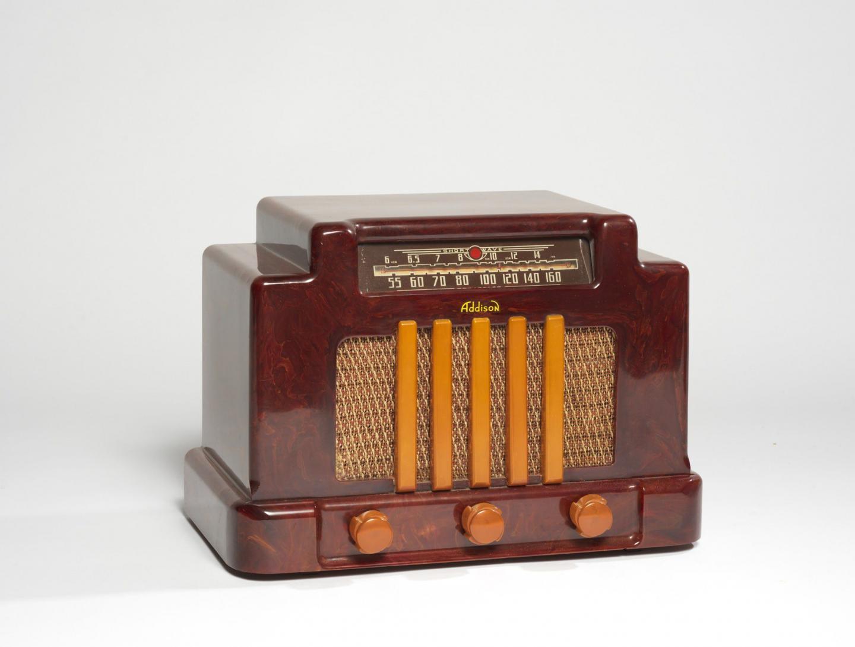 Dans la vingtaine de radios vintage cette Addison 5F Théâtre de 1940.