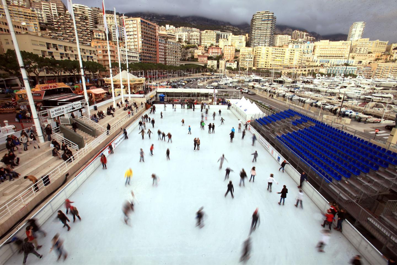 La patinoire, puisqu'en plein air, est autorisé pour un mois au lieu de trois. La jauge sera certainement réduite.