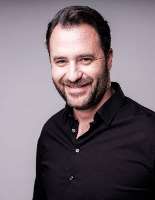 Arnaud Raskin a fondé, en 2001, l'agence de communication Creamania à Callian.