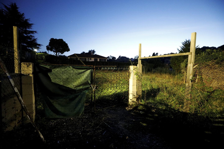 Ce terrain, allée des Grillons, a été squatté durant plusieurs années. Les occupants, âgés, ont été pris en charge par la Ville et le site entièrement nettoyé.