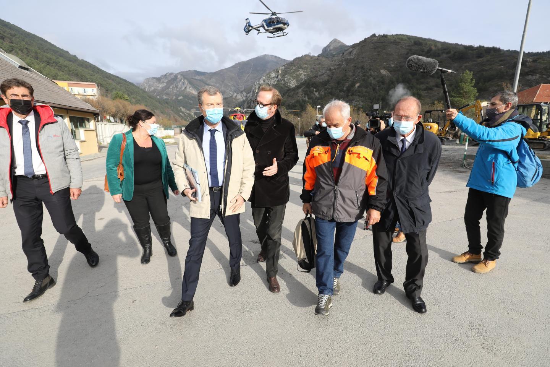 La délégation officielle à la gare provisoire de Saint-Dalmas-de-Tende, ce jeudi matin.