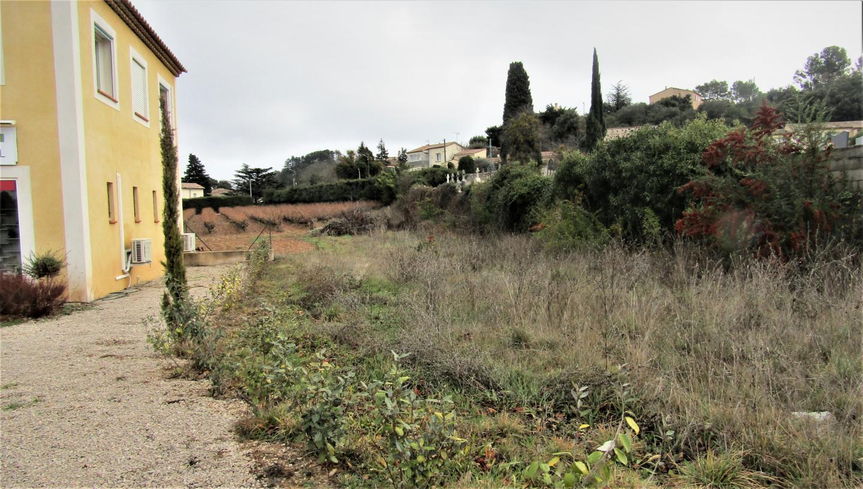 Les terrains cédés gracieusement à la commune vont permettre l'extension du cimetière.