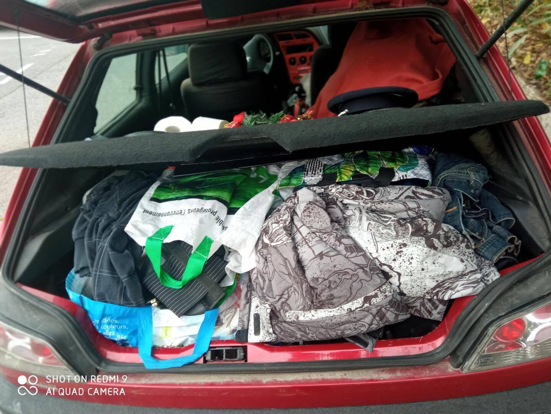 Jusqu'à ces derniers jours, toute sa vie tenait dans le coffre et l'habitacle de sa Peugeot 306.