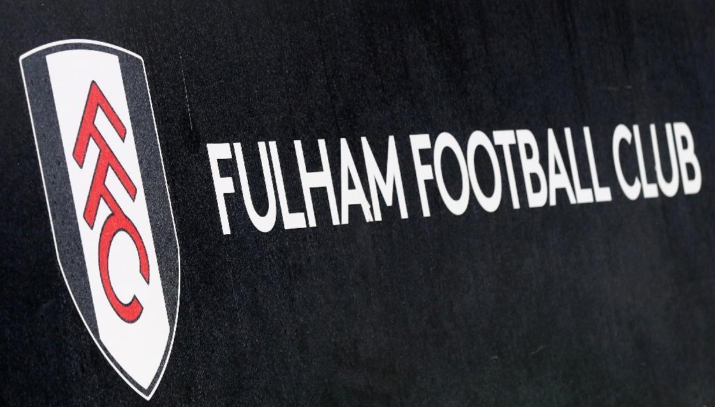 Le derby londonien entre Tottenham et Fulham, prévu mercredi à 19h00 (18h00 GMT) pour la 16e journée du championnat d'Angleterre, a été reporté sine die à moins de trois heures du coup d'envoi, a annoncé la Premier League.