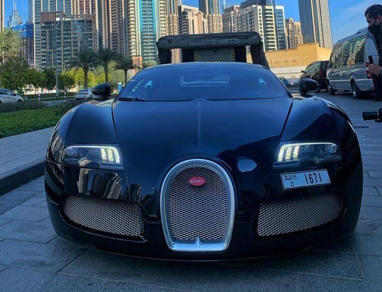 La Bugatti Veyron qui était promise à l'acquéreur du package du nouvel an.