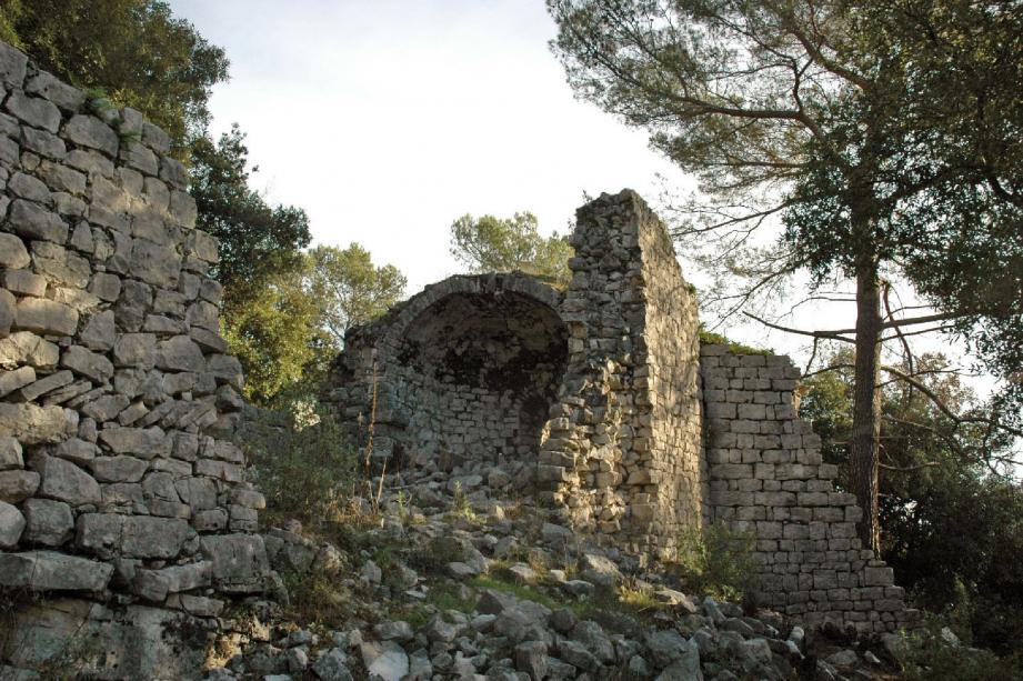 Les ruines du XIe siècle du Castellas.(Photos DR)