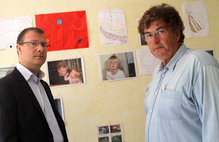 Camille Chauvet a disparu avec sa mère le 26 décembre 2010. Son père Alain Chauvet (à droite ), assisté de Me Olivier Ferri, craint que la cavale soit couverte par l'entourage de son ex-femme.