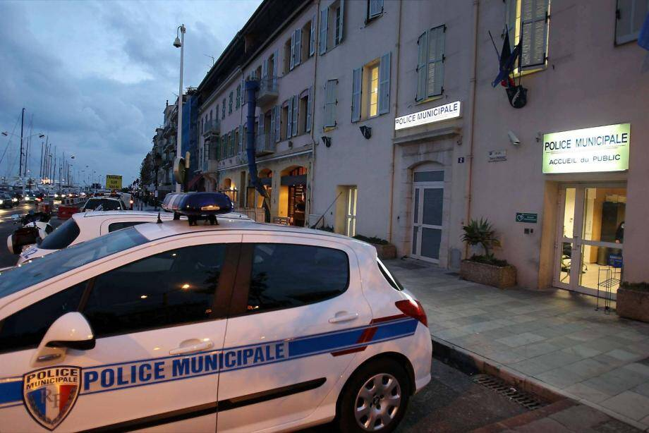 La police municipale à Cannes