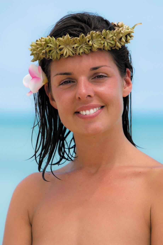 Tout nus et tout bronzés l'amour façon téléré - 28552425.jpg