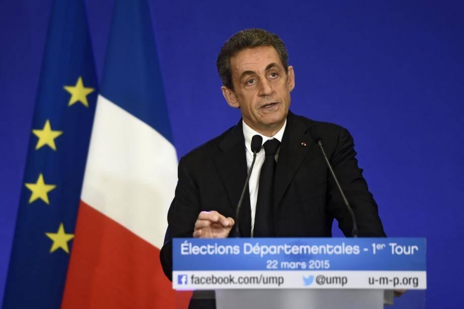 Sarkozy revendique la victoire de l'UMP au premier tour des élections départementales