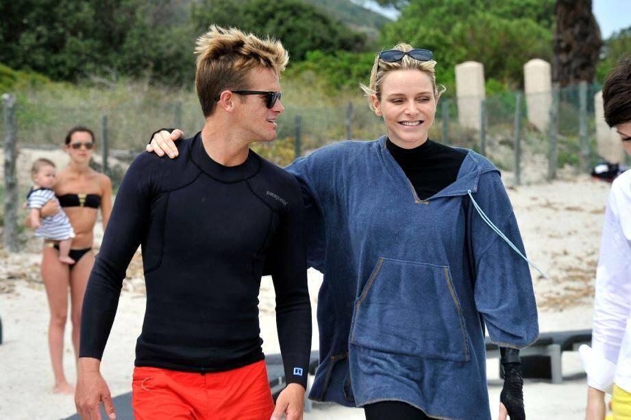 Le 23 juin dernier, le champion de surf participait à l'opération « Water Safety, pour la prévention de la noyade » à Porto-Vecchio en Corse, en compagnie du couple princier. Ils partagent les mêmes valeurs du sport.